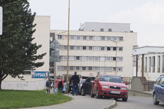 Od 1. septembra je parkovanie v nemocnici bezplatné