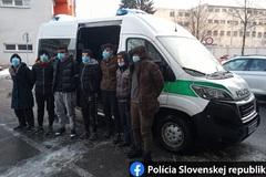 Migrantov z Afganistanu zadržala polícia v Radoli