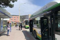 Mestská hromadná doprava po novom. Poslanci schválili novú tarifu