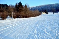 Vo Varíne spustia vlek cez víkend, na Straníku sa už lyžuje