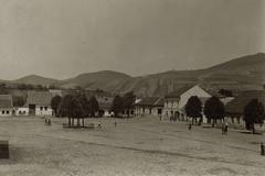 Škola nevolala vždy v septembri, trhy a jarmoky ponúkali letnú úrodu