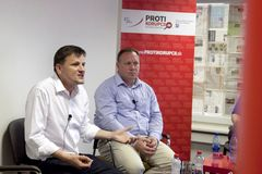 Politický duel Alojz HLINA verzus Richard Vašečka
