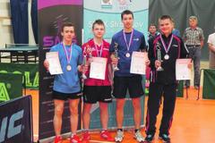 Alexander Valuch s dorasteneckým titulom v stolnom tenise