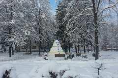 Považský Chlmec má novú dominantu – snehového obra